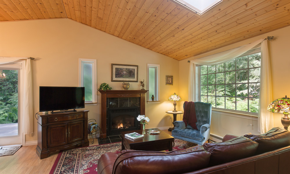 forest romance cottage living room