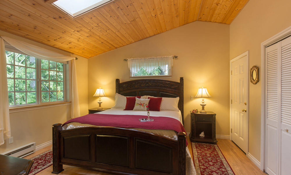 forest romance cottage bedroom